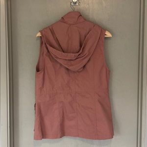Love Tree Jackets & Coats - Pink hooded utility vest